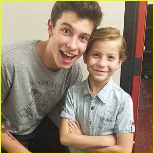 Shawn Mendes Hangs With Jacob Tremblay Before Dropping New Track 'Three Empty Words' - Listen!