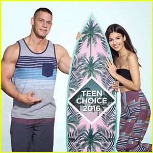 Teen Choice Awards 2016 - Looking Back at Last Year's Red Carpet