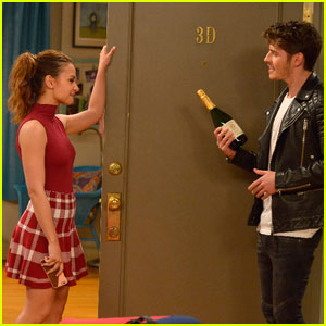 Gregg Sulkin Guest Stars on 'Young & Hungry' Tonight!