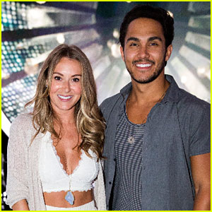 Are carlos pena and ashley tisdale dating zac