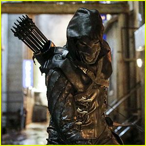 New 'Arrow' Villain Prometheus Appears in Season 5 Premiere Episode Stills!
