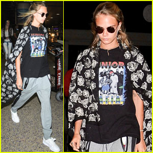 Cara Delevingne Is Helping Raise Awarness for Female Cancers