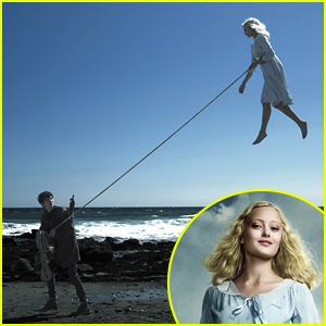 Ella Purnell Dishes on Flying in 'Miss Peregrine�s Home for Peculiar Children'