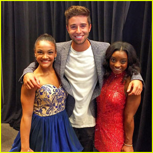 Jake Miller Finally Meets Simone Biles & Laurie Hernandez!