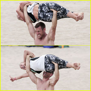 Brooks Laich Weight Lifts Julianne Hough on the Beach!