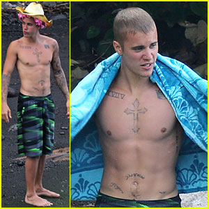 Justin Bieber Goes Shirtless on Vacation in Hawaii!