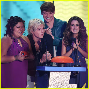 Laura Marano Still Keeps in Touch With Her 'Austin & Ally' Co-Stars!