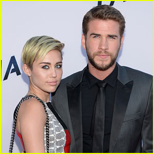 Miley Cyrus & Liam Hemsworth Party with Samantha Hemsworth!