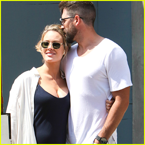 Peta Murgatroyd Hasn't Sent Maksim Chmerkovskiy On Emergency Pregnancy Craving Runs Yet