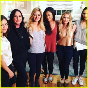 Lucy Hale, Shay Mitchell & More Stars React to 'PLL' Ending