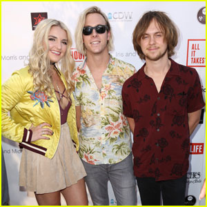 Ryland & Riker Lynch Team Up for Star-Studded Basketball Fundraiser