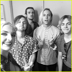 R5 Enjoy Tokyo Before Summer Sonic Concert Performance