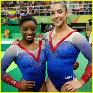 Simone Biles & Aly Raisman Take the Top Spots During Gymnastics Floor Exercise