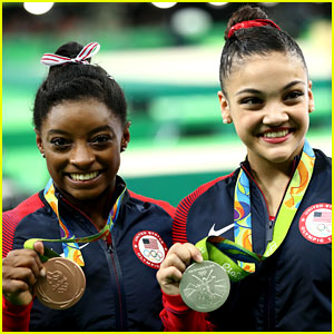 Simone Biles & Laurie Hernandez Bring Home Bronze & Silver in Balance Beam at Rio!