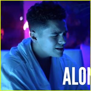 Austin Mahone Debuts 'Way Up' Lyric Video - Watch Here!
