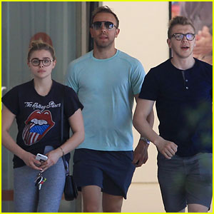 Chloe Moretz Shares Some Love For Her Family!