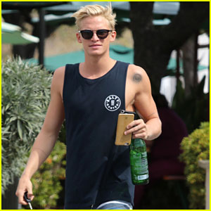 Cody Simpson Shows off Super Ripped Muscles in Malibu!