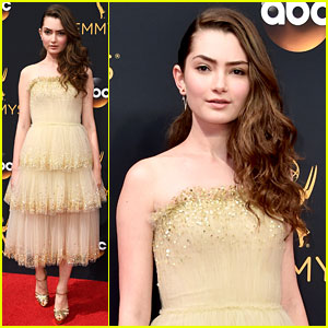 Emily Robinson Stuns on Emmys 2016 Red Carpet!