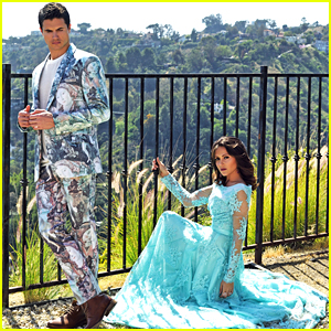 Robbie Amell & Italia Ricci Stun on 'Regard' Mag's September 2016 Cover