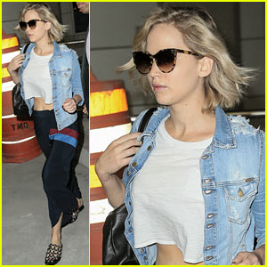 Jennifer Lawrence Heads to Catch a Plane Out of NYC