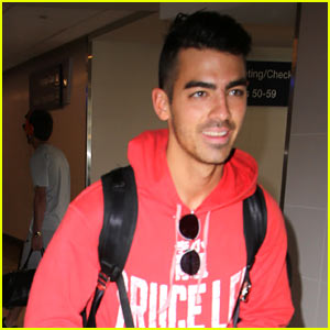 Joe Jonas & Demi Lovato Will Perform a Private Show Together!