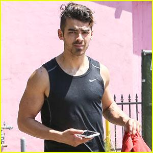 Joe Jonas Works Up a Sweat at the Gym!
