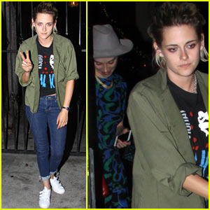 Kristen Stewart & St. Vincent Catch an Improv Show Together!