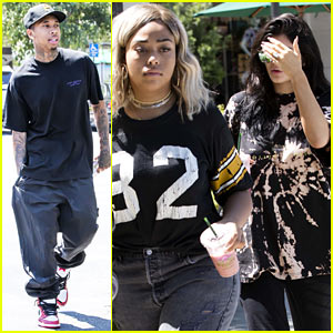 Kylie Jenner, Tyga & Jordyn Woods Enjoy a Fun Day at the Mall!