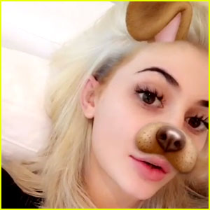 Kylie Jenner Debuts Platinum Blonde Hair on Snapchat