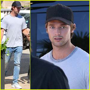 Patrick Schwarzenegger Tweets His Annoyance With His GPS!