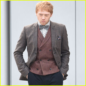 Rupert Grint Kicks Off His Week With More 'Snatch' Filming