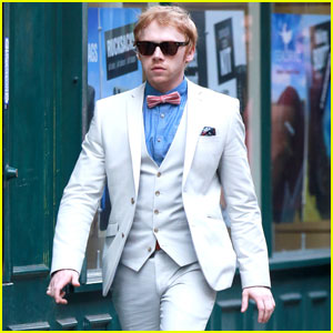 Rupert Grint Suits Up for 'Snatch' Filming
