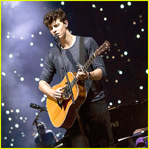 Shawn Mendes Gives Fans 'Illuminate' World Tour Preview in NYC (Set List)