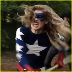 Stargirl Makes First Appearance in New 'DC's Legends of Tomorrow' Season 2 Teaser