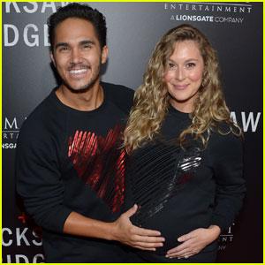 Carlos & Alexa PenaVega Are Cute Soon-to-Be Parents at 'Hacksaw Ridge' Premiere