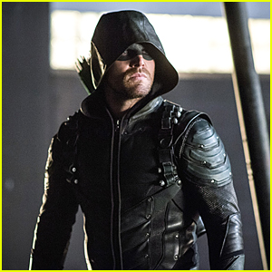 Oliver Keeps Working Solo on 'Arrow'
