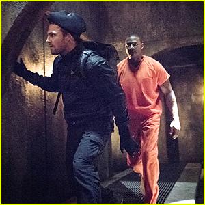 Oliver Reunites With Diggle On Secret Mission on 'Arrow'