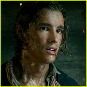 Brenton Thwaites Introduces His 'Pirates of the Caribbean' Character in Teaser Trailer!