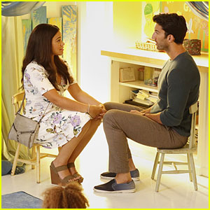 Rafael Admits He's Over Jane on Tonight's All-New 'Jane the Virgin'