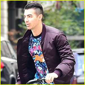 Joe Jonas & DNCE Explain Why They Don't Take Themselves Too Seriously!