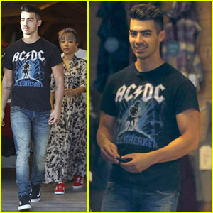 Joe Jonas Shows Off His Biceps While Shopping!