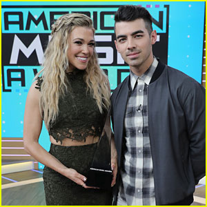 Joe Jonas Announces American Music Awards Nominations with Rachel Platten!