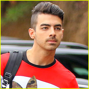 Joe Jonas' Reddit AMA Was His Most Revealing Interview Ever!