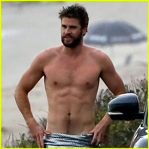 Liam Hemsworth Looks So Hot While Shirtless After Surfing!