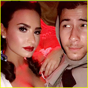 Demi Lovato & Nick Jonas Channel Dorothy & Scarecrow from 'Wizard of Oz' for Halloween!