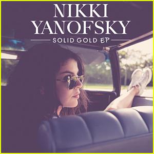 Nikki Yanofsky Drops 'Solid Gold' EP  - Listen & Download Now!