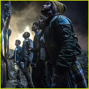 'Power Rangers' Movie Gets New Still Plus Five New Posters Before NYCC Panel