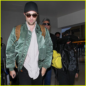 Robert Pattinson & Fiancee FKA twigs Leave Los Angeles