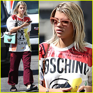 Sofia Richie Spends Some Time With Her Cute New Puppy
