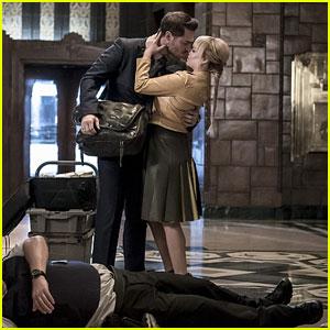 Ashley Rickards & Grey Damon Kiss on 'The Flash' Tonight!